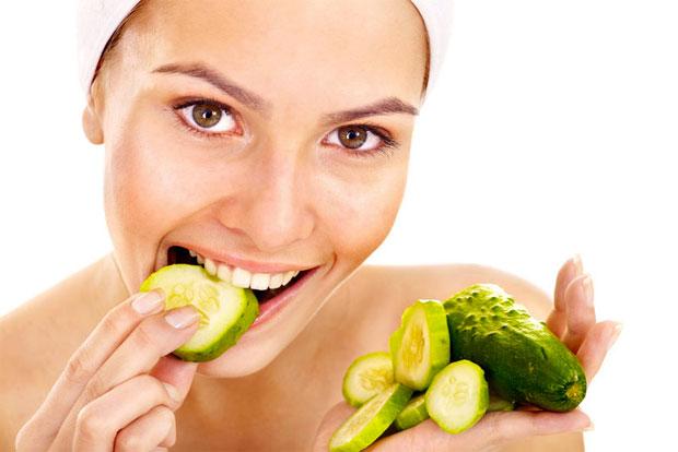cucumber eating