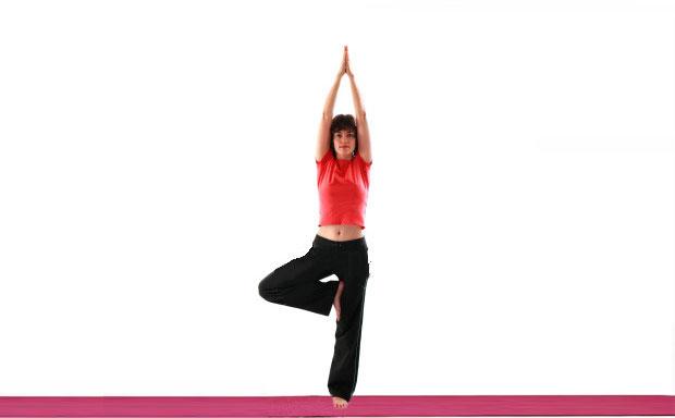 Vrikshasana yoga