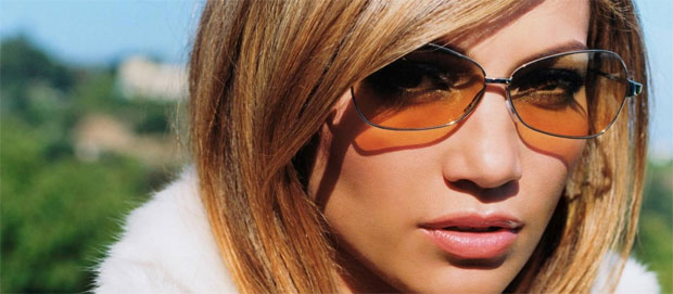 protect eyes with sunglass