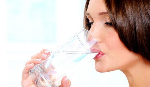 water drinking beauty