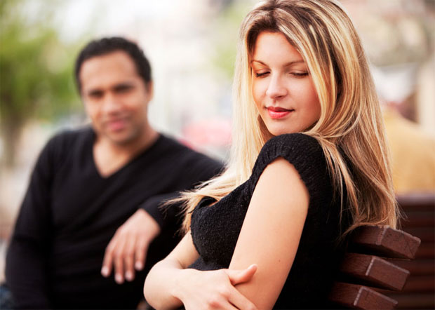 man admires woman