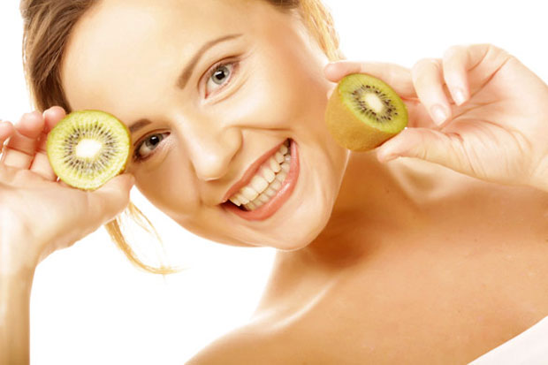 eating kiwi fruit
