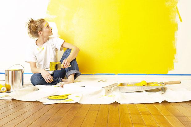painting yellow