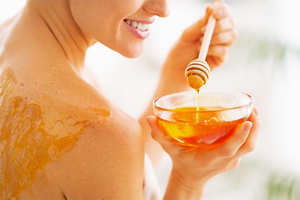 applying honey