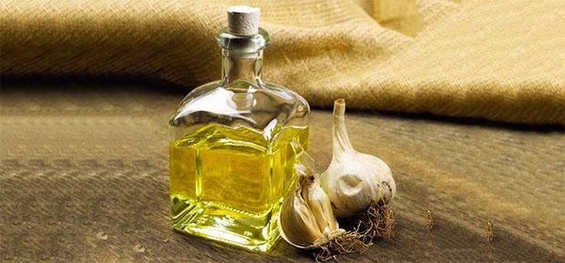 garlic and mustard oil